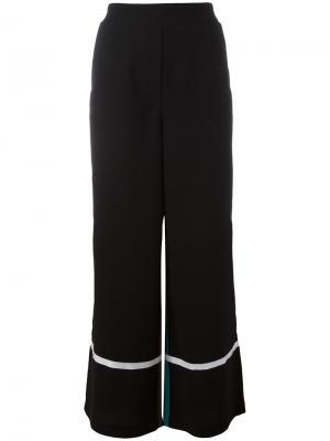 Расклешенные брюки с контрастным дизайном 8pm. Цвет: чёрный