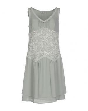 Короткое платье REBEL QUEEN. Цвет: светло-зеленый