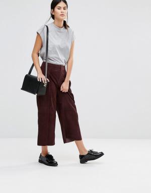 Gestuz Укороченные брюки Ynez. Цвет: красный