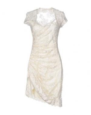Платье до колена OLVI'S. Цвет: слоновая кость