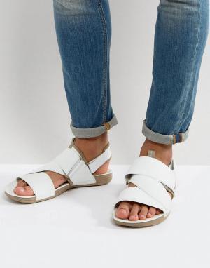 Nike Белые сандалии Air Solarsoft 579912-100. Цвет: белый