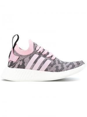 Кроссовки NMD_R2 Primeknit Adidas. Цвет: розовый и фиолетовый