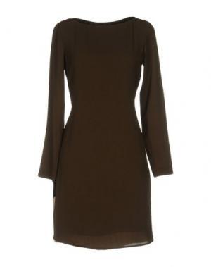 Короткое платье KAOS. Цвет: зеленый-милитари