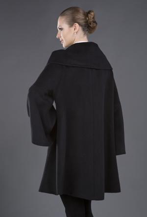 Черное женское пальто  силуэт трапеция Heresis. Цвет: черный