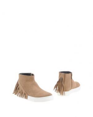 Полусапоги и высокие ботинки OCA-LOCA. Цвет: верблюжий