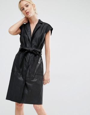 Gestuz Кожаное платье-пальто на поясе. Цвет: черный