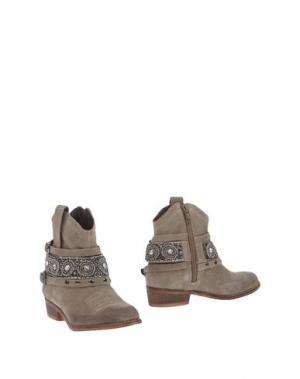 Полусапоги и высокие ботинки OCA-LOCA. Цвет: зеленый-милитари