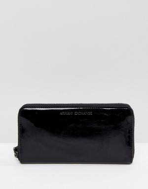 Armani Exchange Черный лакированный кошелек. Цвет: черный