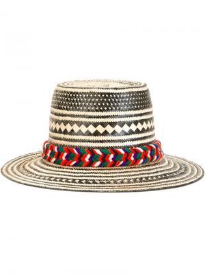 Широкополая шляпа в полоску Yosuzi. Цвет: телесный
