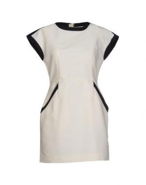Короткое платье DRESS GALLERY. Цвет: слоновая кость