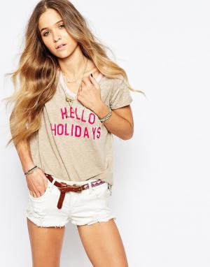 Maison Scotch Выгоревшая футболка с принтом Happy Holiday. Цвет: бежевый