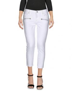 Джинсовые брюки-капри TRUE RELIGION. Цвет: белый