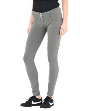 Повседневные брюки FREDDY. Цвет: зеленый-милитари