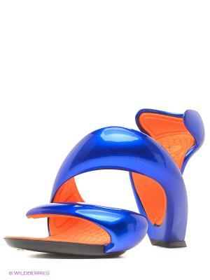 Босоножки JULIAN HAKES. Цвет: синий