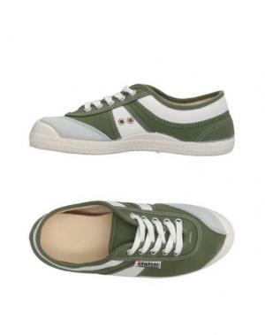 Низкие кеды и кроссовки KAWASAKI. Цвет: зеленый
