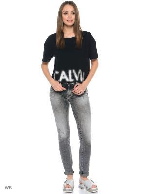 Джинсы Calvin Klein. Цвет: серый