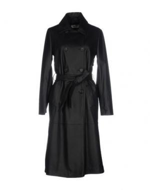 Легкое пальто OLIVIERI. Цвет: черный