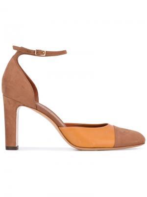 Туфли с ремешком на щиколотке Michel Vivien. Цвет: коричневый