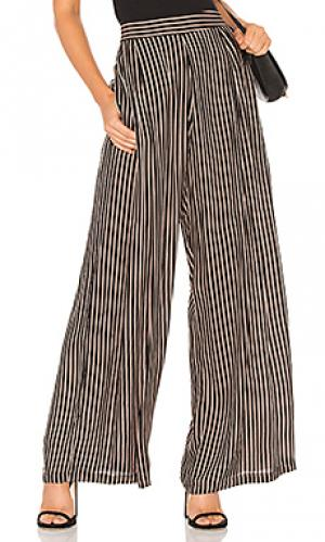 Широкие брюки it Cleobella. Цвет: черный
