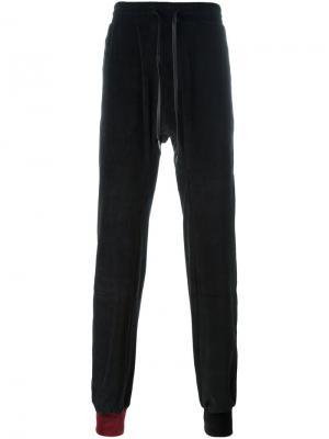 Бархатные спортивные брюки D.Gnak. Цвет: чёрный