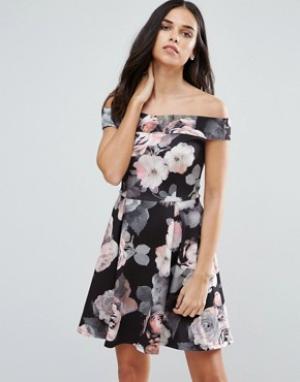 Jessica Wright Короткое приталенное платье с крупным цветочным принтом. Цвет: темно-синий