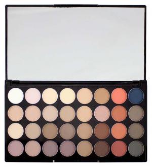 Для глаз Makeup Revolution Flawless Matte 2. Цвет: flawless matte 2