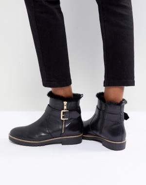 Carvela Кожаные ботинки на плоской подошве с молнией сбоку и пряжкой. Цвет: черный