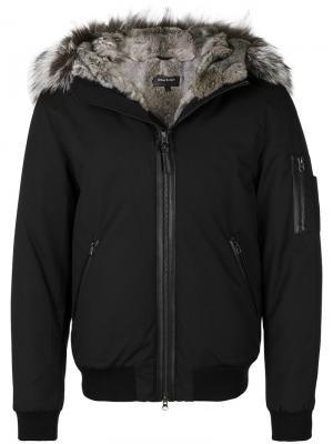 Куртка с капюшоном меховой оторочкой Mackage. Цвет: чёрный