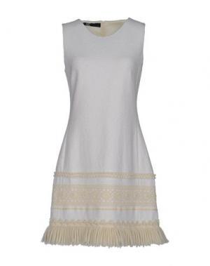 Короткое платье X'S MILANO. Цвет: слоновая кость