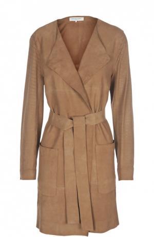 Замшевое пальто с поясом и накладными карманами Gerard Darel. Цвет: коричневый