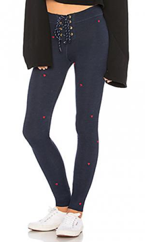 Свободные брюки heart SUNDRY. Цвет: синий