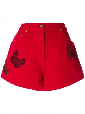 Джинсовые шорты с принтом бабочек Valentino. Цвет: красный