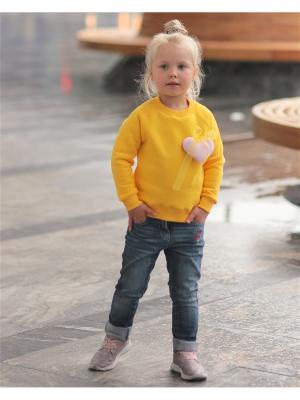 Джемпер для девочки с сердцем желтый Yuumi. Цвет: желтый