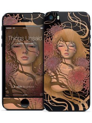 Наклейка для iPhone 5/5S Things Unsaid - Audrey Kawasaki Gelaskins. Цвет: бежевый, черный