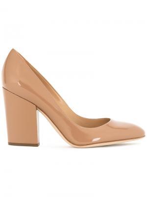 Туфли-лодочки на наборном каблуке Sergio Rossi. Цвет: телесный