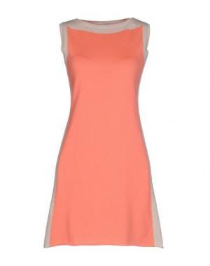 Короткое платье BRUNO MANETTI. Цвет: лососево-розовый