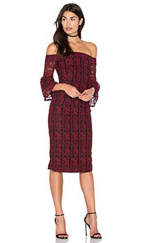 Кружевное платье с открытыми плечами Cynthia Rowley. Цвет: красный