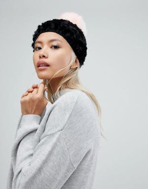 Urbancode Мягкая вязаная шапка-бини с контрастным помпоном. Цвет: черный