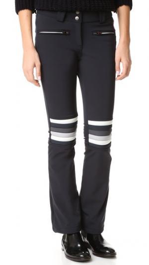 Расклешенные брюки Aurora Perfect Moment. Цвет: белый