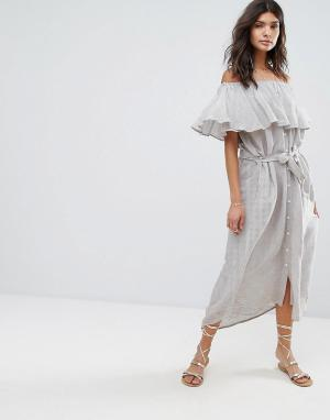 Faithful the Brand Платье макси в полоску со спущенными плечами. Цвет: серый