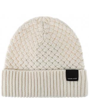 Шерстяная вязаная шапка Canada Goose. Цвет: молочный