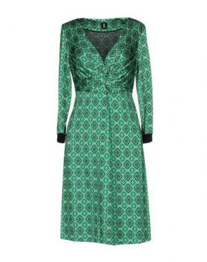 Короткое платье 1-ONE. Цвет: зеленый