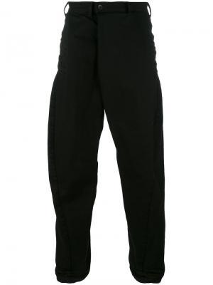 Широкие джинсы Julius. Цвет: чёрный
