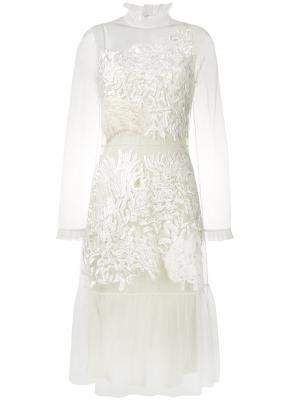 Платье с кружевной вышивкой evelyn Alice Archer. Цвет: телесный