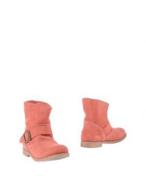 Полусапоги и высокие ботинки KENT. Цвет: коралловый