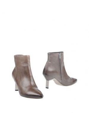 Полусапоги и высокие ботинки VIC MATIĒ. Цвет: серый