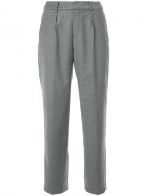 Классические брюки En Route. Цвет: серый
