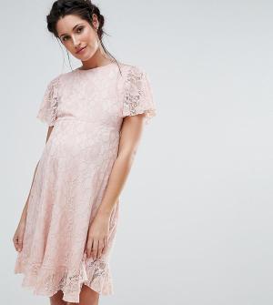 Queen Bee Кружевное платье с оборкой на кромке. Цвет: розовый