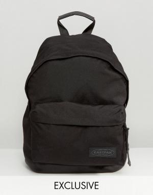 Eastpak Эксклюзивный рюкзак с кожаным дном Wyoming. Цвет: черный