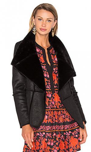 Куртка с искусственным мехом rivina cupcakes and cashmere. Цвет: черный